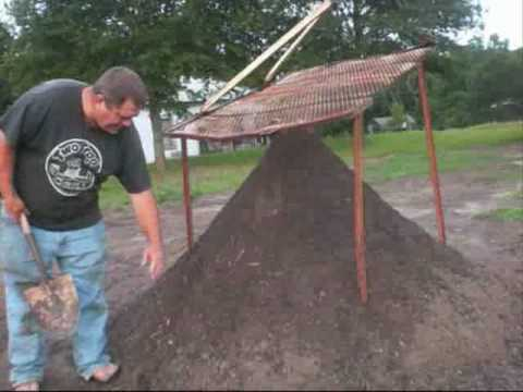 Ton Of Topsoil >> Texas Part 1 topsoil screening dirt screener compost screen sifter under $150 - YouTube