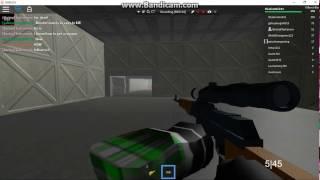 Roblox sobreviver e matar os assassinos na área 51 nova arma encontrada!!!!!