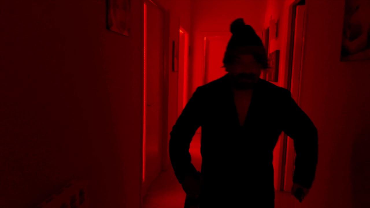 """CAROLA SIGNORE Episodio 17 """"HOT LINE""""   HD 1080p  (01x17)"""