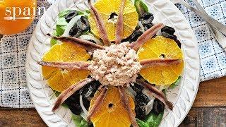 Spanish Salad with Oranges, Anchovies & Tuna