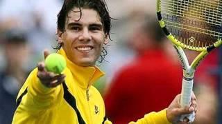 Roger Federer avoids Rafael Nadal's fate at Wimbledon