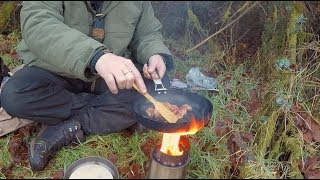 Bushcraft lunch in the forest