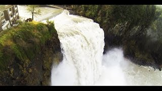 Flying Drone Over a Waterfall Almost Disaster (Snoqualmie Falls 2015)