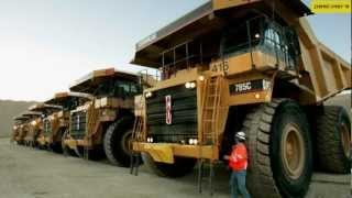 Unseen Pics of The World's Biggest Truck - Caterpillar 797F