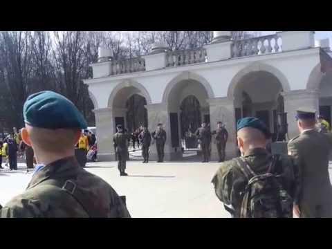 Zmiana warty - Grób Nieznanego Żołnierza w Warszawie