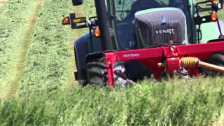 Action video (B-roll) of Fendt tractors in North American farm fields