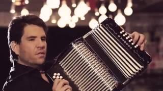 Vas a Llorar - Martin Elias & Juancho De La Espriella (VIDEO OFICIAL)