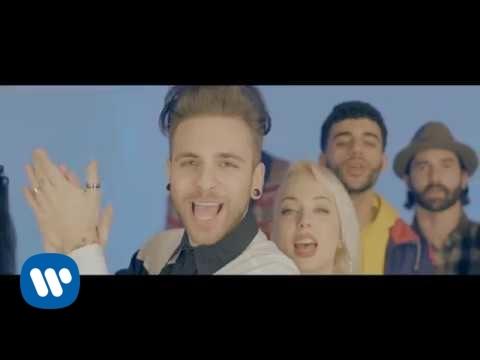 Alessio Bernabei - Nel Mezzo Di Un Applauso (Official Video) - Sanremo 2017