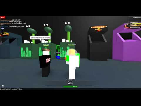 playing a toy story roblox and a guest being dumb