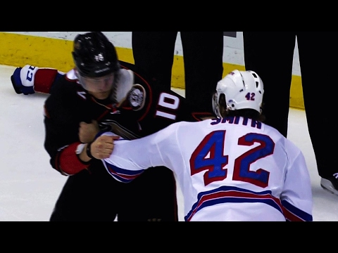 Perry and Smith exchange questionable hits, then settle up with fists