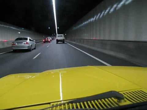 V8 Monaro HJ  Engine sounds through a tunnel...