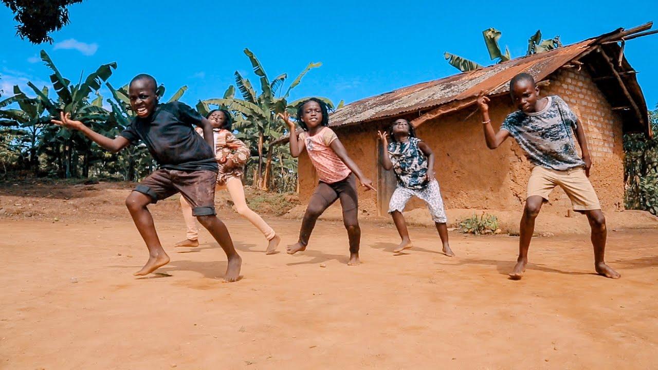 Masaka Kids Africana Dancing This is Africa