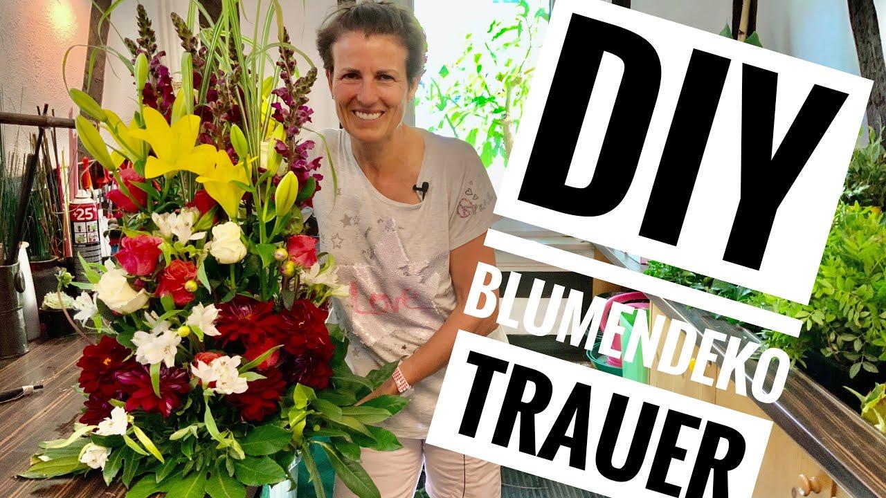 Blumendeko selber machen: Floristik-Anleitung Trauergesteck DIY Deko-Idee Grabgesteck m. Steckschaum