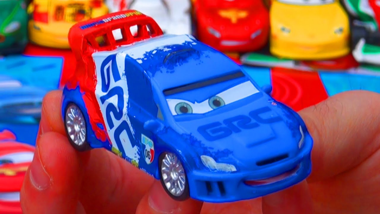 Disney Store Cars 2 Raoul Caroule Deluxe Exclusive Disney