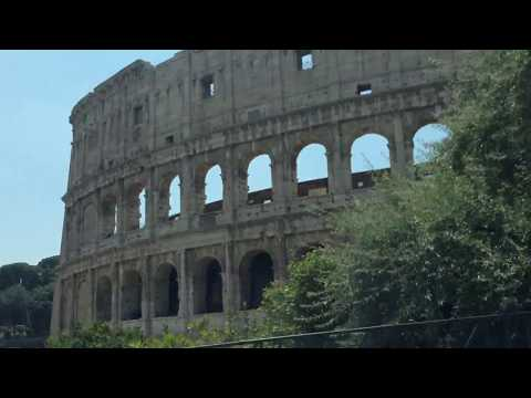 Rome Taxi Colosseum