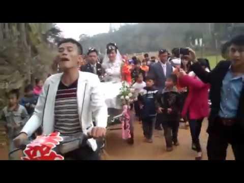 Rước dâu bằng xe cải tiến tại Nghệ An