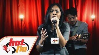 DAYANG NURFAIZAH - TAK PERNAH MENYERAH (LIVE) - Akustika Hot FM - #HotTV