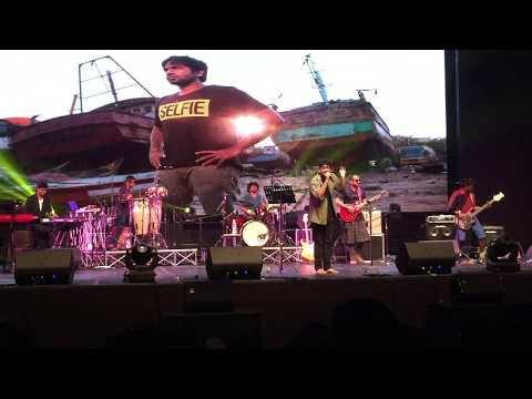 Yennai Maatrum Kadhale- Sid Sriram Live in Singapore 2016