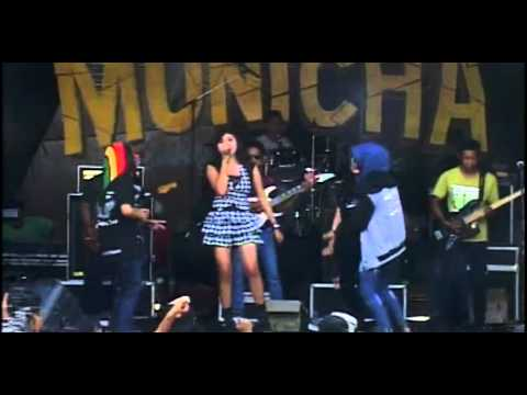 New Monicha Live In Gebangan 2015 - Hujan