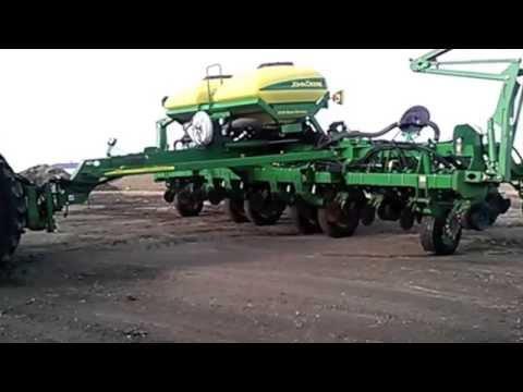 John Deere 1790 Planter For Sale Youtube