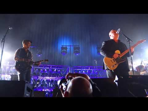 Pixies - Monkey Gone To Heaven – Live in Oakland