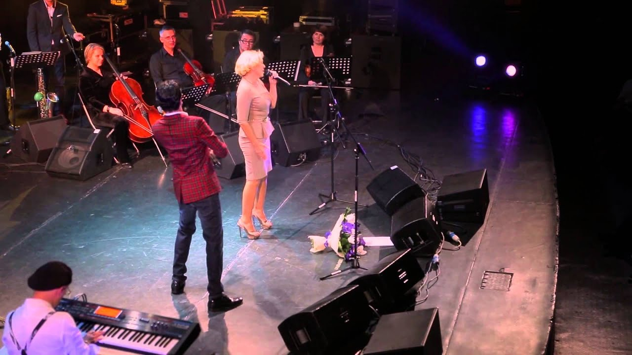 Lyubov Uspenskaya scared the fans with her face 11/20/2017 9