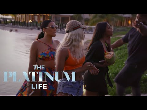 Asiah Collins & Shantel Jackson Verbally Spars With Crystal's Friends   The Platinum Life   E!