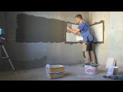 Как класть плитку на стену в кухне своими руками видео