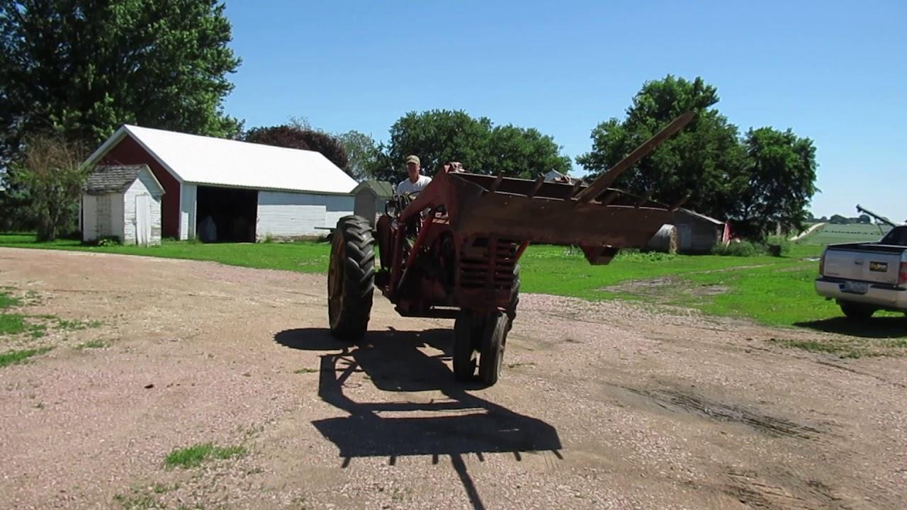 1948 Massey Harris 44 2WD Tractor