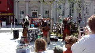 Red Indian street performers