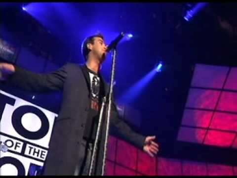 Robbie Williams - Sexed Up (live at TOTP)