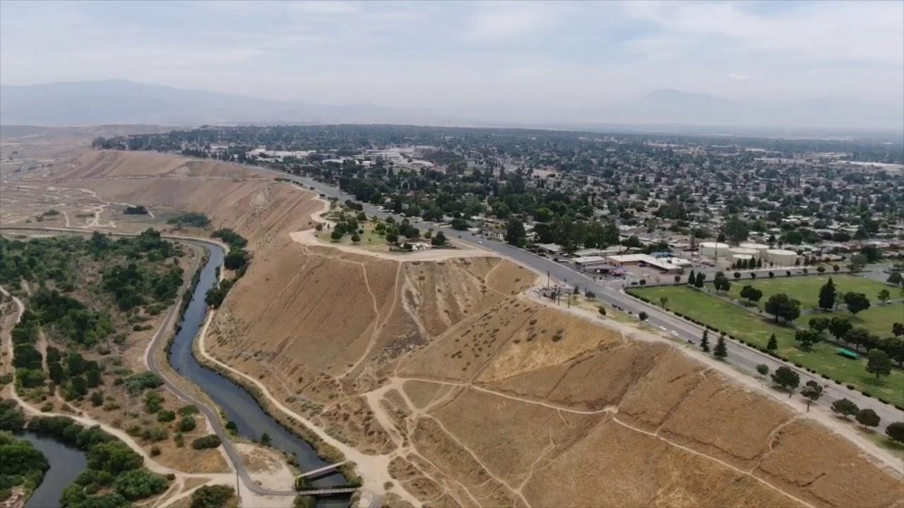 Oil Gusher in Kern River Field Bakersfield, CA Postcard