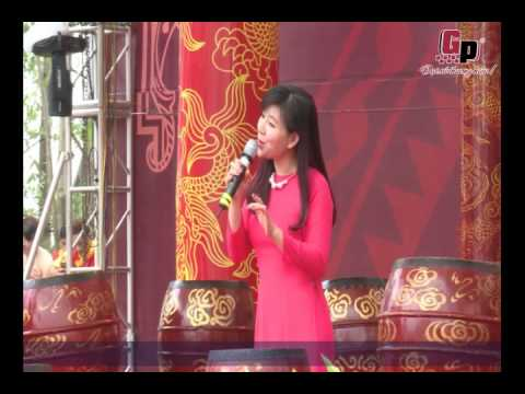 Bùi Lê Mận hát rất hay tại lễ hội do Công ty Gia Phạm tổ chức