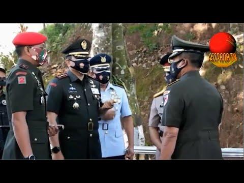 KODAM IV DIPONEGORO ZIARAH MAKAM HM SOEHARTO