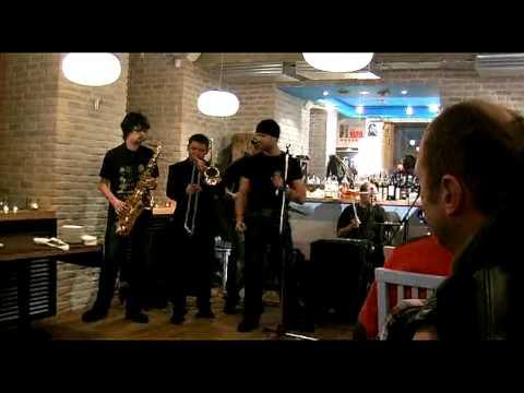 Hey Joe Jimmi Hendrix, Roma Gonta ft. Вася&Club / Хей Джо Вася Клаб