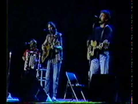 Neil Young   Bruce Springsteen - helpless (live) - Muziek   Entertainment - 123video.flv