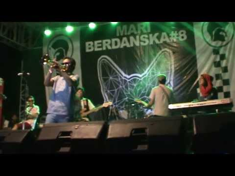 Astroboy Kudus - Love theme from The Godfather (tspo - cover) @Mari Berdanska #8 Bandung, Indonesia