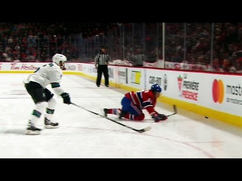 Andrighetto leaves game after tripping and eating the boards
