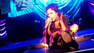 CRANBERRIES - Switch off the moment [Berlin 27.03.2010]