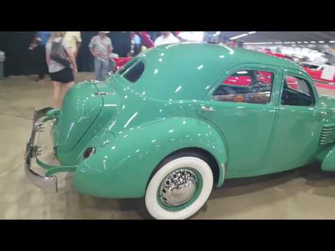 1937 Cord at Leake Auction in Tulsa 2017
