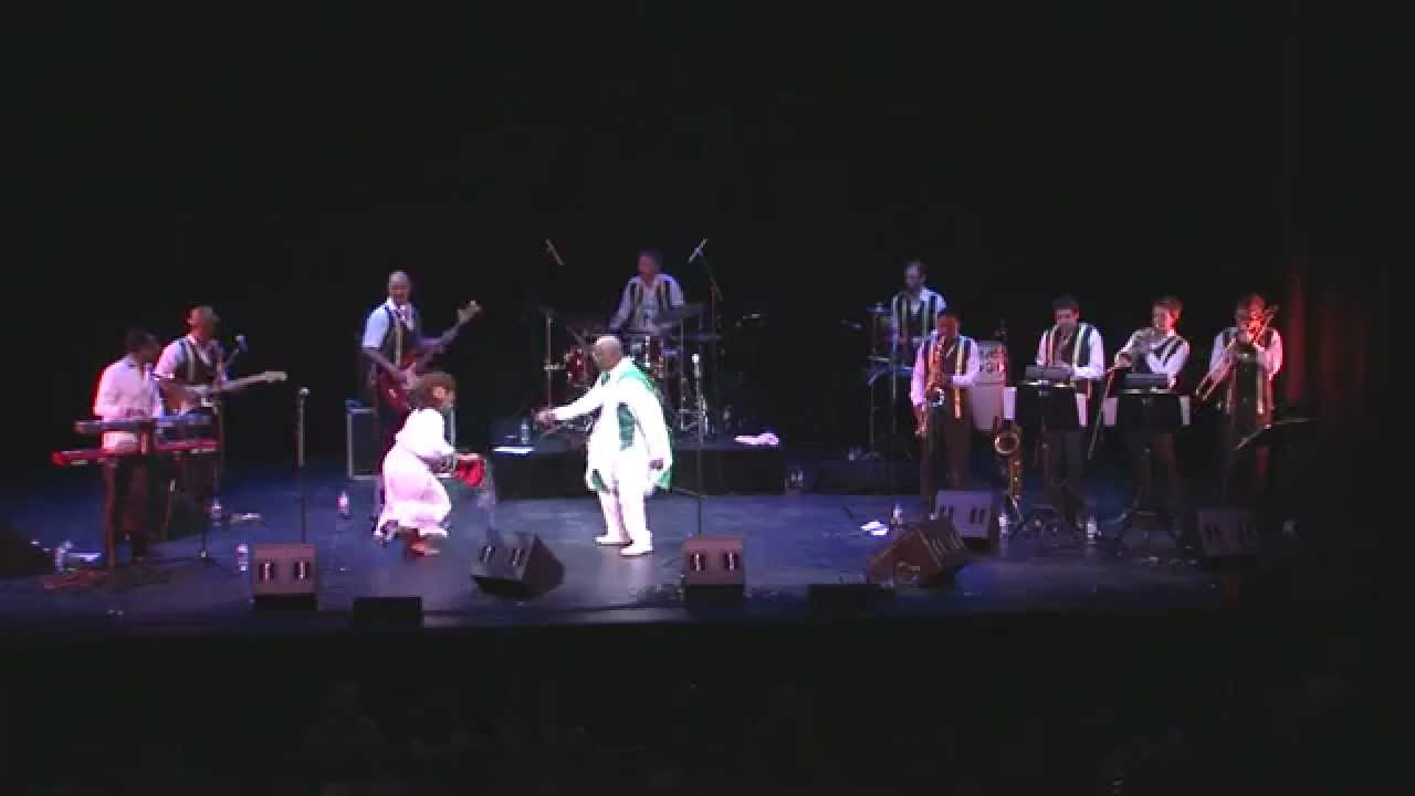 Mahmoud Ahmed & JAzmaris - Dera ( Live ) Arts centre Melbourne