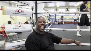 NATE JONES SHOWS OFF HIS SINGING VOICE & GIVES HIS THOUGHTS ON THE AFTERMATH OF CANELO v GGG