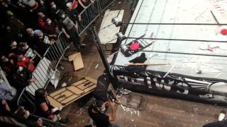 IWS fans bring the weapons 2016-03-05 metropolis