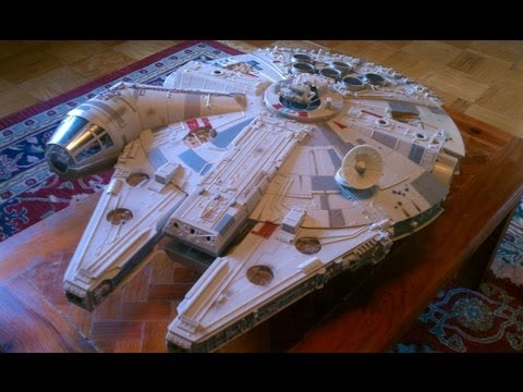 """Star Wars The Vintage Collection """"Big"""" Millennium Falcon Review"""