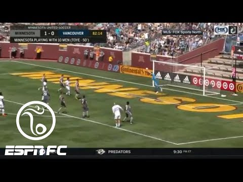 Bobby Shuttleworth's impressive save gets him on Alejandro Moreno's MLS awards of the week   ESPN FC