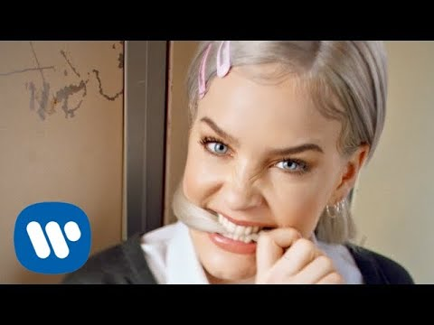 Mix - Anne-Marie - 2002 [Official Video]