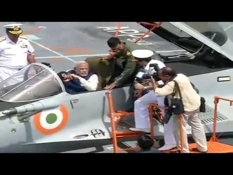 Shri Narendra Modi at the launch of India's largest warship INS Vikramaditya in Goa