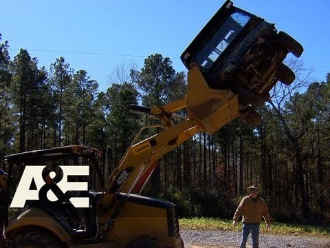 Country Buck$: Hard Luck Destroys Big Bill's UTV (Season 1, Episode 8) | A&E