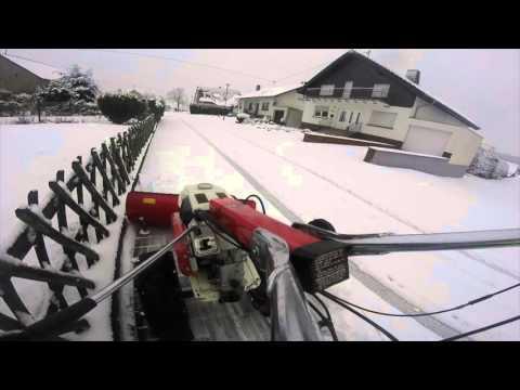 Schneeschieben mit dem Einachser Honda F560