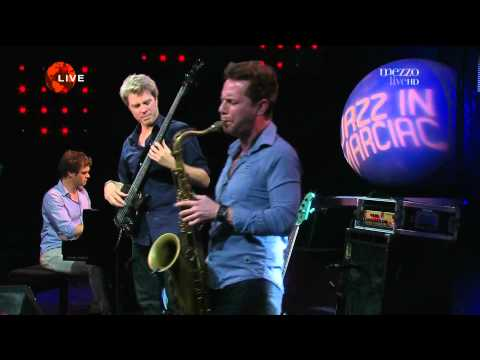 Kyle Eastwood  Cafe Calypso